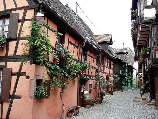 Riquewihr_Rue_des_Remparts - Bron: Wikipedia